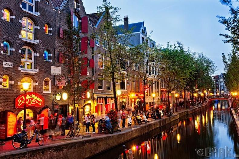 Амстердам хот, Нидерланд