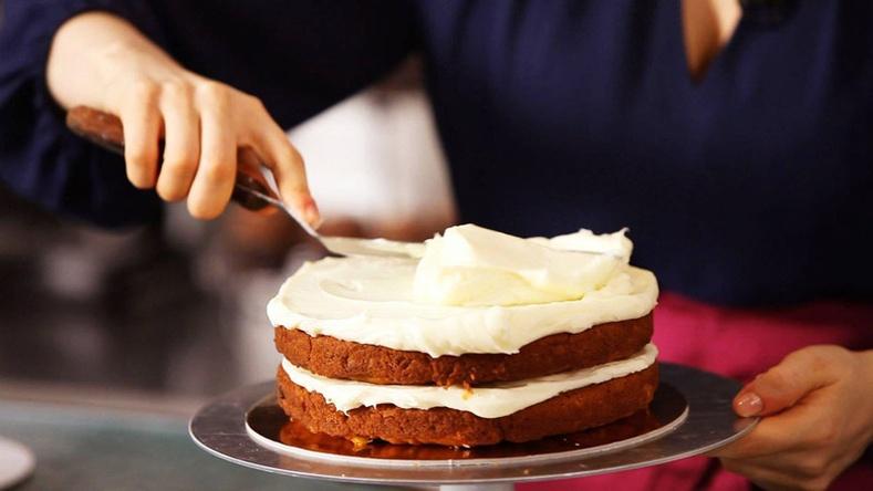 Баярын бялуугаа өөрсдөө хийж сурцгаая