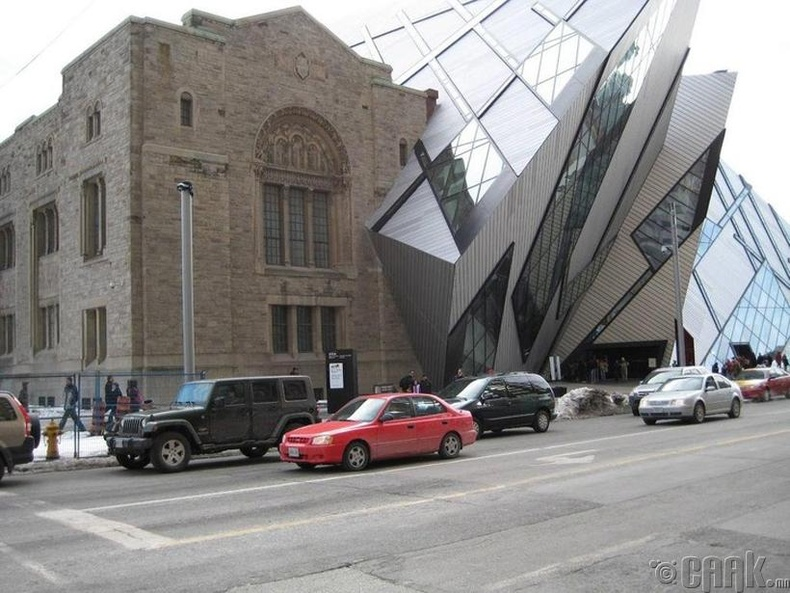 Архитектур түүхийн явцад хэрхэн өөрчлөгдсөнийг ганц барилгаас харж болно