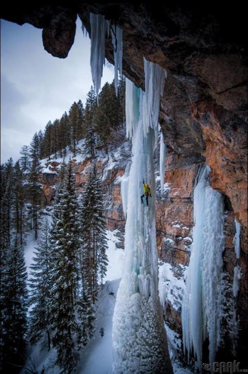 АНУ-ын Колорадо муж дахь мөсөн уул