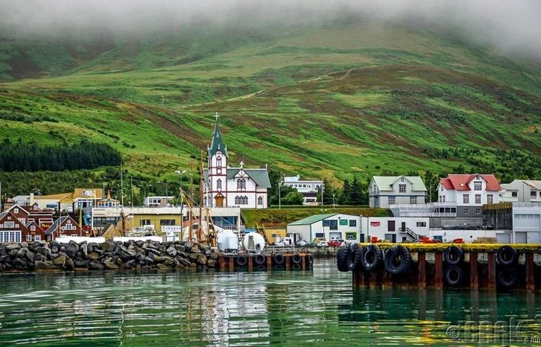 Исландад амьдрахын давуу тал