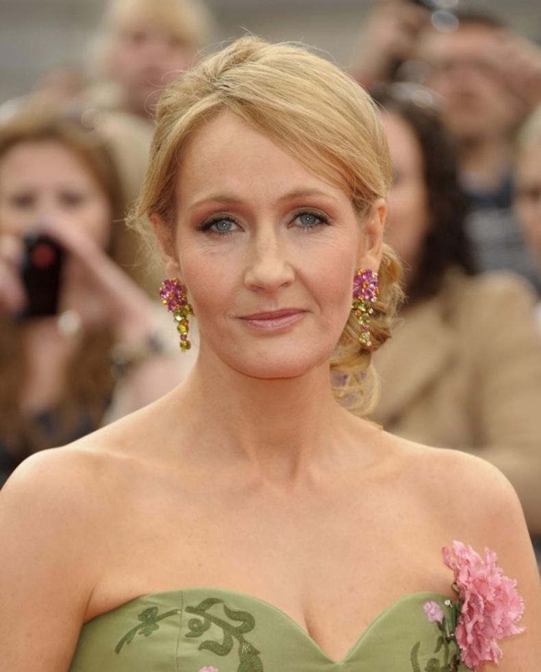 "Жоан Роулинг (Joanne Rowling)- ""Харри Потер"" номын зохиолч"