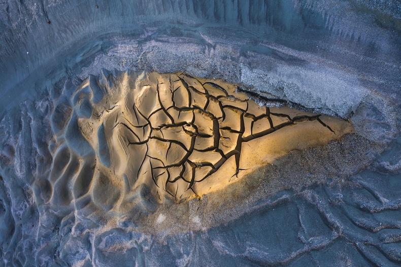 """""""Байгалийн урлагийн бүтээл"""" төрлийн ялагч - Хуан Хесүс Гонзалез Ахумада """"Ширгэсэн гол"""""""