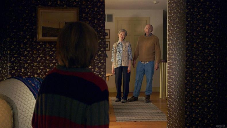 Бекка болон Тайлер хоёр яагаад өвөө, эмээгийнхээ зургийг хэзээ ч харж байгаагүй вэ?