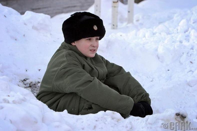 Иван Мишуков - Зэрлэг нохой өсгөсөн