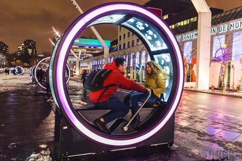 Гэрэлтдэг дугуй гудамжны сандал - Ванкувер