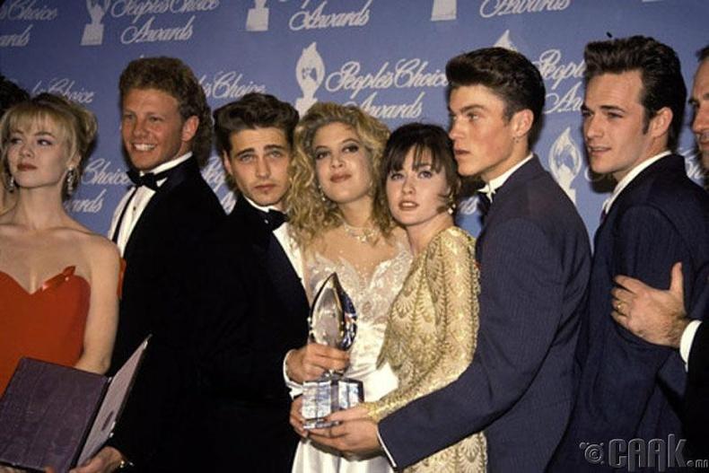 """Beverly Hills 90210"" цувралын жүжигчид, 1992 он"