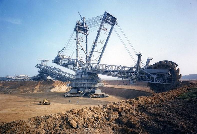 Дэлхийн хамгийн том экскаватор - Bagger 288