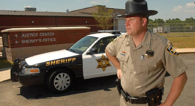 """Америкийн """"шериф""""-үүд гэж яг хэн бэ?"""