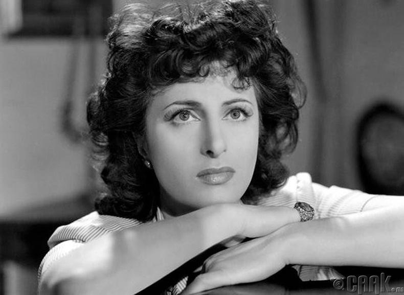 """""""Оскар"""",""""Golden Globus"""" хүртсэн анхны итали жүжигчин Анна Маньяни"""
