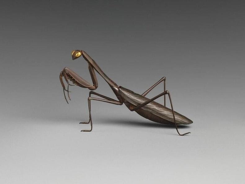 Мөргөөлж хэлбэртэй хүжний суурь (18-р зууны Япон)
