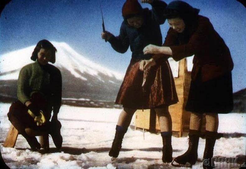 Яманака-ко - Фүжи уулсын ойролцоох 5 нуурын хамгийн том нь