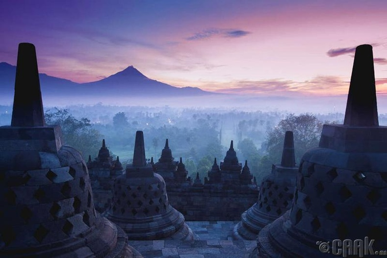Индонез байгалийн өвөрмөц тогтоцтой