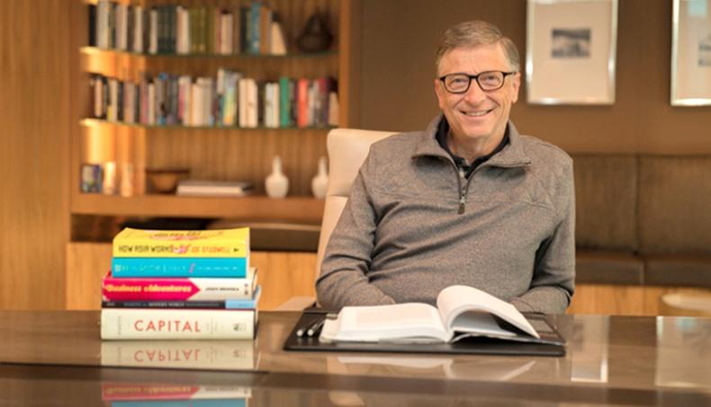 """Билл Гейтс: """"Бодит амьдралд дахин шалгалт эсвэл зуны амралт гэж байхгүй"""""""