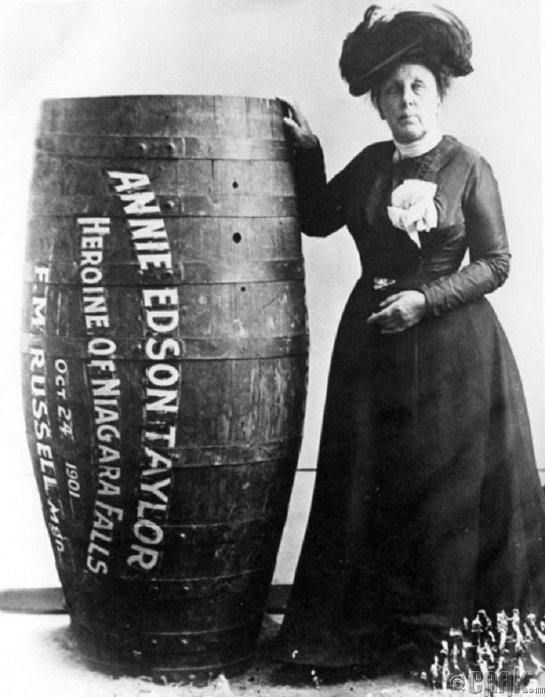 Анние Эдсон Тэйлор - 1901