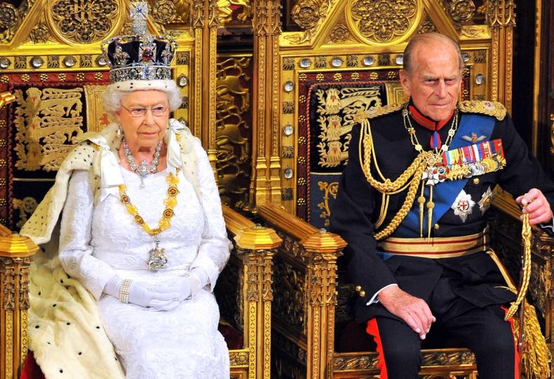 Их Британийн хааны гэр бүл дэх хамгийн хөгшин эр