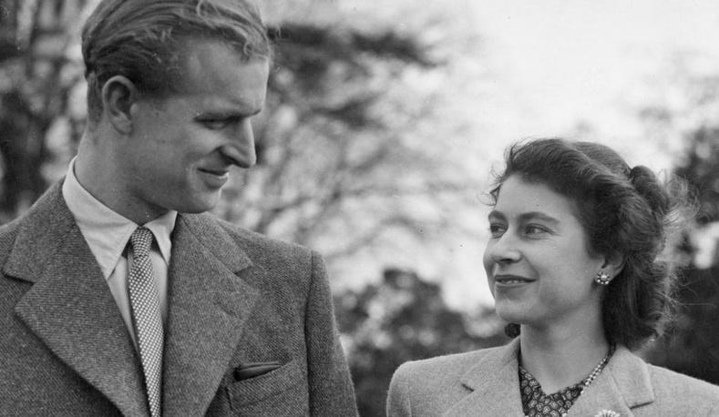 Хатан хаан Элизабет, хунтайж Филипп хоёр яагаад хамт амьдардаггүй байсан бэ?