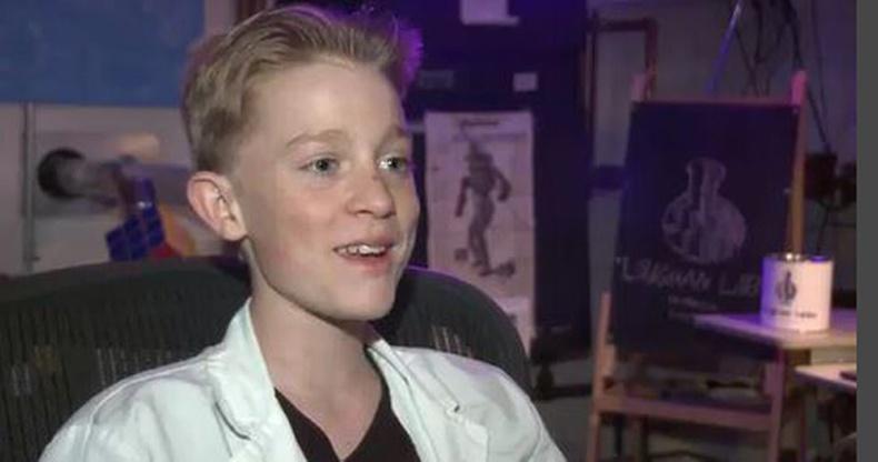 13 настай хүү физикийн шинжлэх ухаанд шуугиан тарилаа