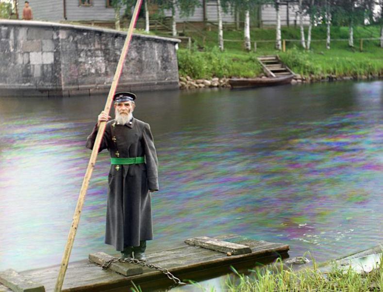86 настай ахмад дайчин Пинкхус Карлинскийн хөрөг. Тэрбээр Марийнскигийн усан сувгийг манадаг байв - 1909 он