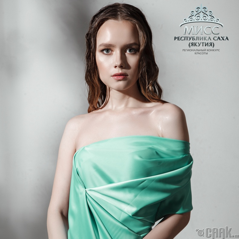 Казанцева Тамара (нас 21, өндөр 172 см)