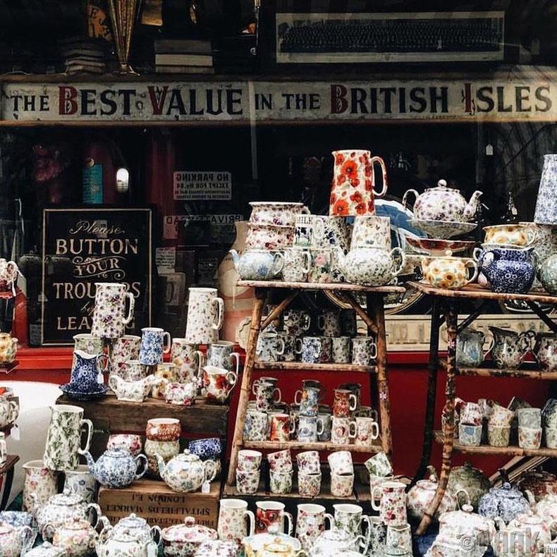 300 жилийн түүхтэй цайны дэлгүүр