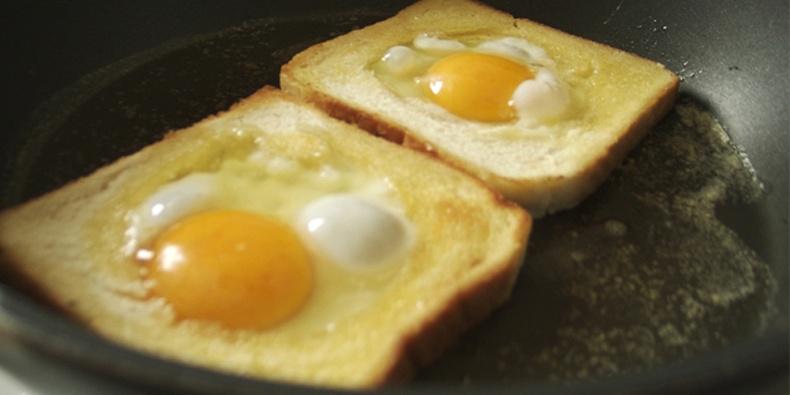 Өндөгтэй талх