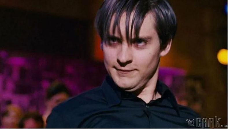 """""""Spider-Man 3"""" кинонд 32 настай Тоби Магуайр 20 настай залууд"""