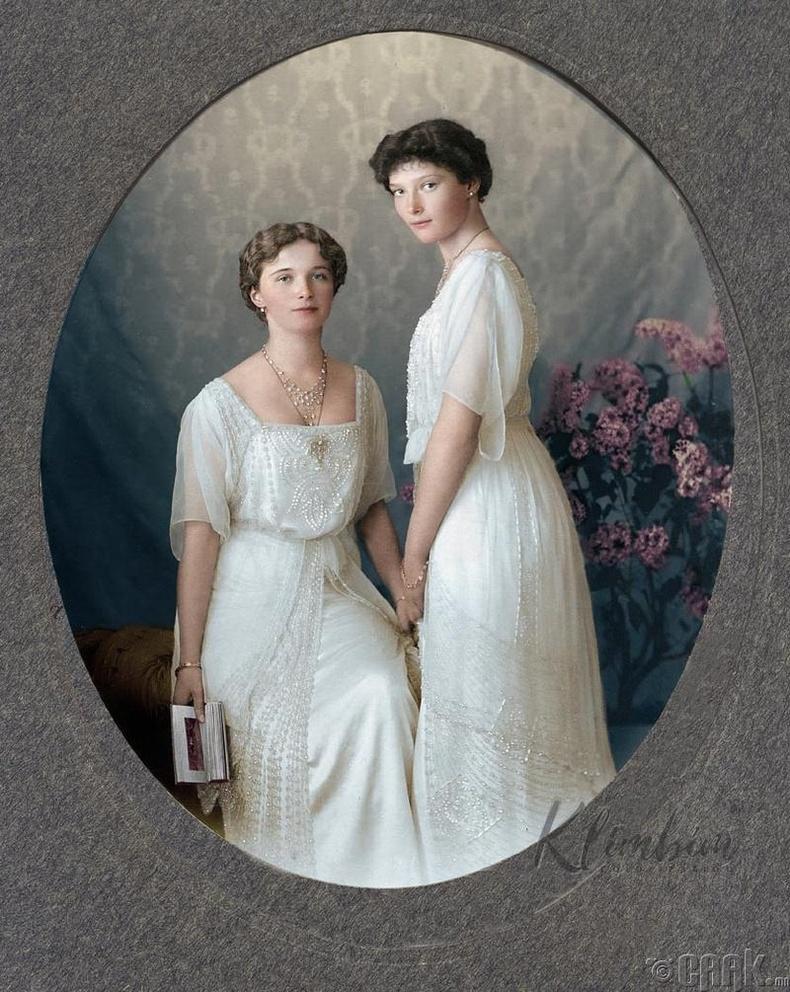 Оросын сүүлчийн гүнж нар болох Ольга болон Татьяна Романова - 1913 он