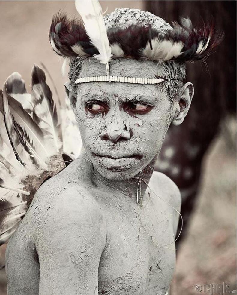 Индонезийн Яали овгийн хүү