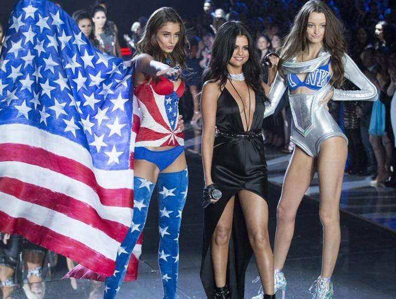 """""""Victoria Secret-2015"""" шоу сүр дуулиантай болж өнгөрлөө"""