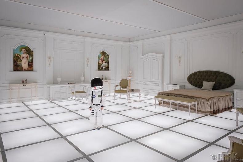 """""""2001: A Space Odyssey"""" – Бөүман бол хүн төрөлхтөний хувьслын хүрэх үр дүн"""