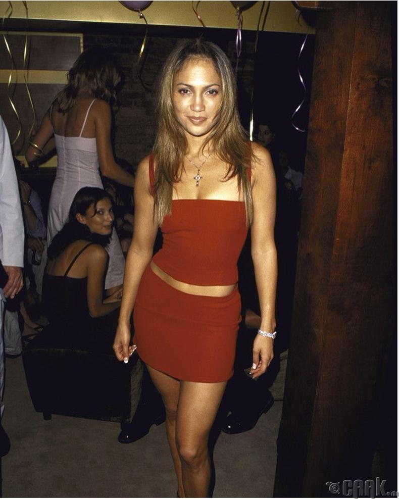 Женнифер Лопез (Jennifer Lopez) 30 насны төрсөн өдрийн үдэшлэгийнхээ үеэр, 1999 он