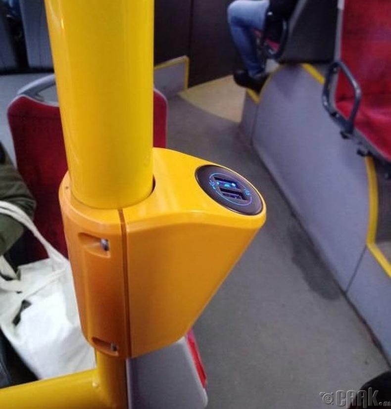 Автобусан дахь USB залгуур