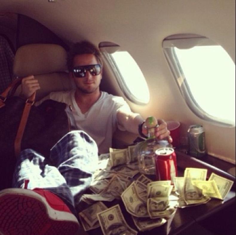 Баян залуусын амьдрал