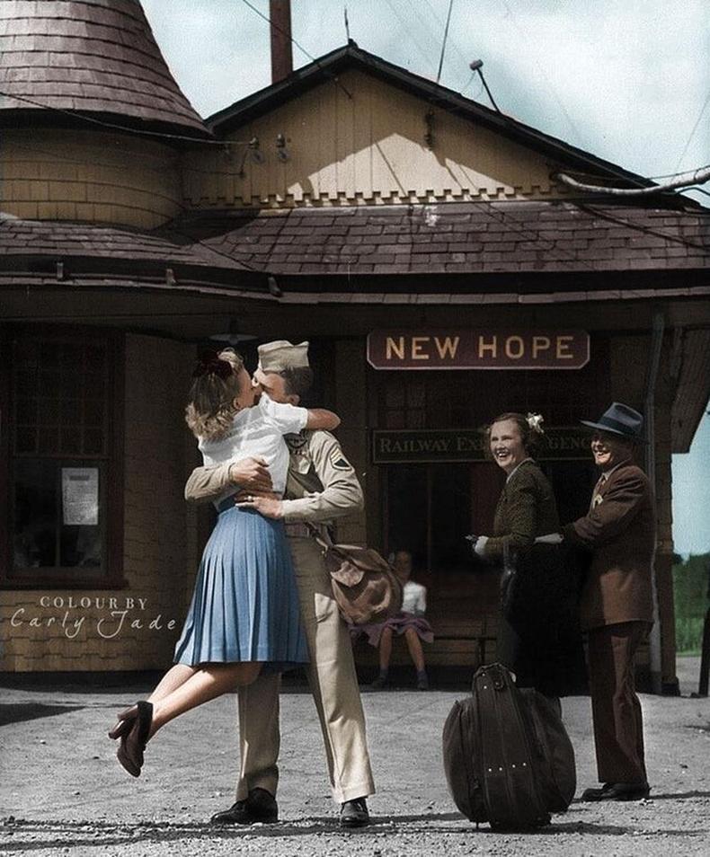 Коннектикутын галт тэрэгний зогсоол, 1945 он.