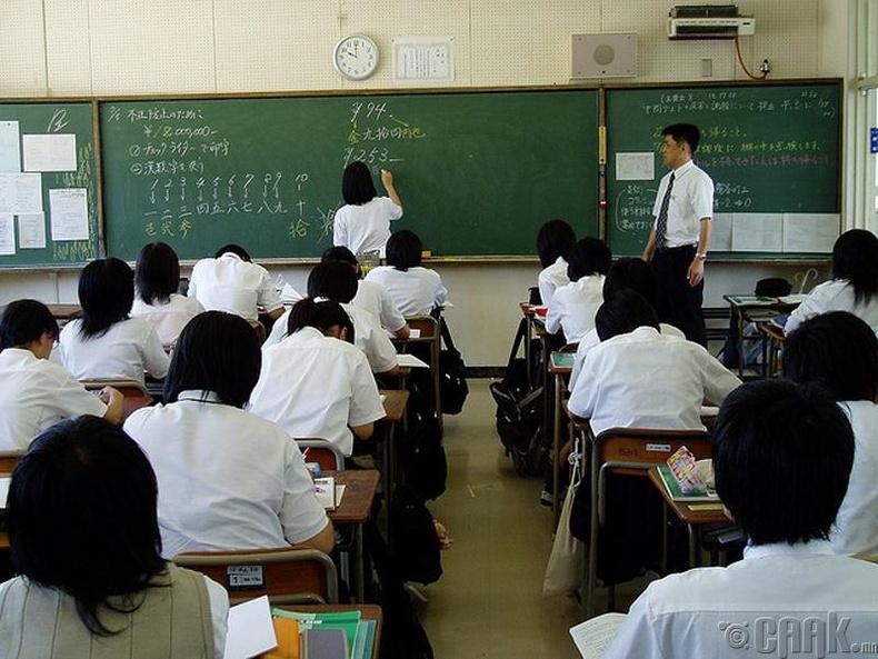 Эхний 3  жил сурагчдаас шалгалт авдаггүй