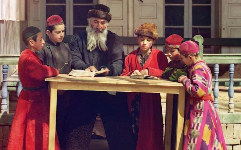 Монгол дахь еврей үндэстнүүдийн түүх