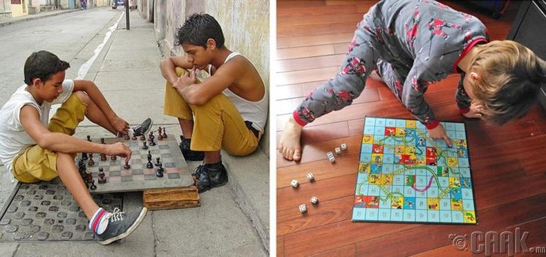 Шатар болон шоо орхидог хөлөгт тоглоом нь Энэтхэгээс гаралтай