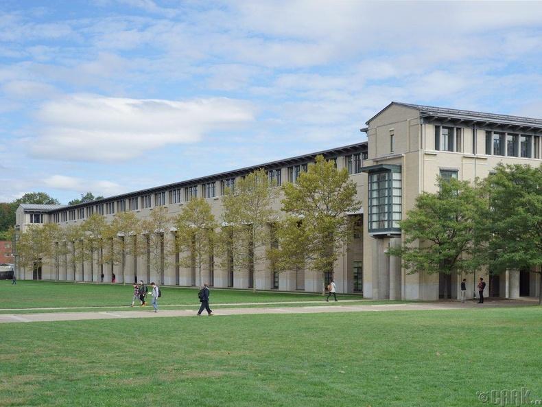 Карнеги-Меллоны их сургууль (Carnegie Mellon University), 91.4