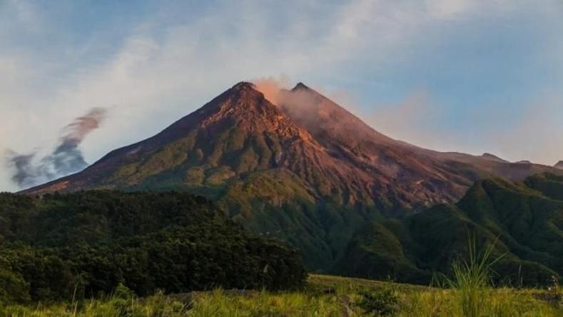 Индонезийн Мерапи уул