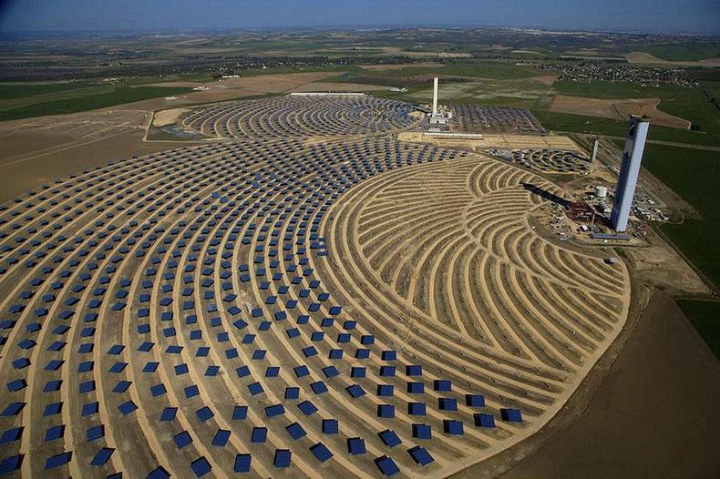 Андалуз дахь нарны цахилгаан станц - Испани