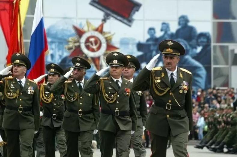Цэрэг, цагдаа