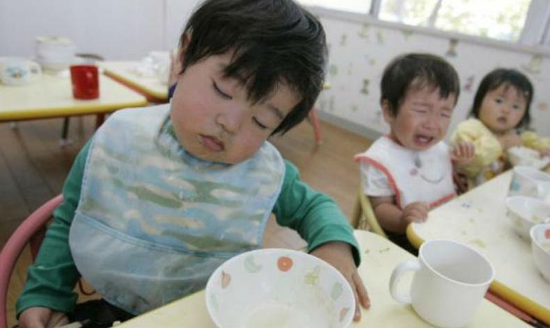 Япон хүүхдүүдийг яаж зөв хооллолтод сургадаг вэ?