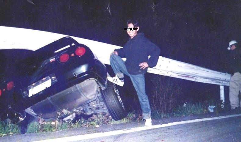 """90-ээд оны Япон залуус хамгийн """"догь"""" байсныг гэрчлэх зургууд"""
