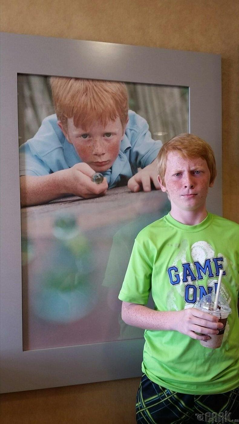 МакДоналдс дотор ихрийнхээ зургийг олжээ