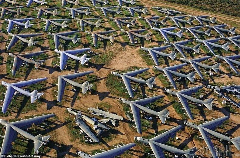 Аризона мужийн онгоцны оршуулгын газар
