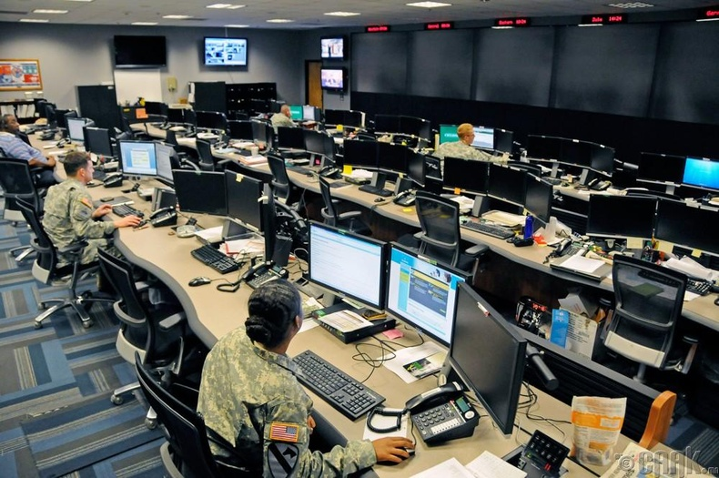 Нэгдсэн улсын цэргийн сүлжээнд нэвтэрсэн