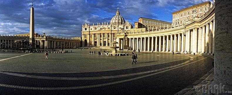 Ватиканы хаант улсын Гэгээн Петерийн талбай