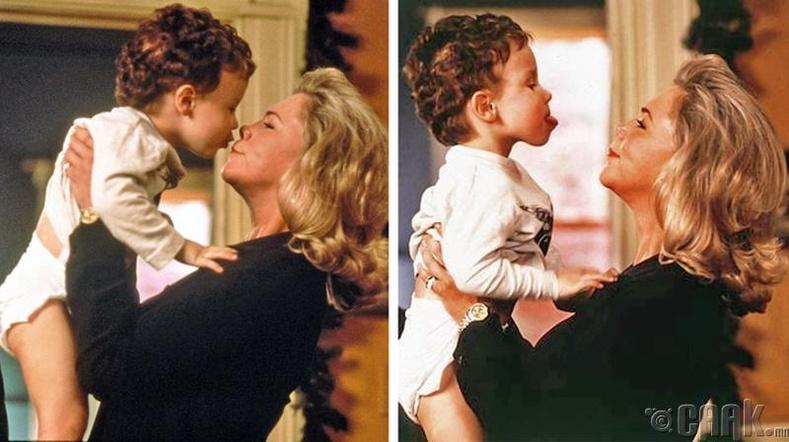Нярай хүүхэд эцэг эхийнхээ нүүрний хувирлыг дуурайдаг