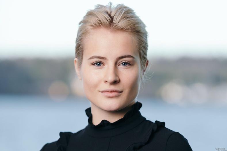 23 настай Катарина Андерсен нь1.4 тэрбум ам.долларын хөрөнгөтэй